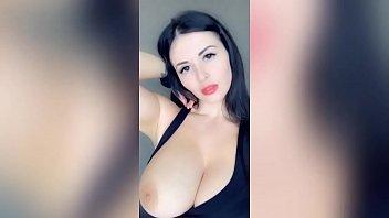 Amateur Huge Tits Babe Cock Sucking Deepthroat Fun